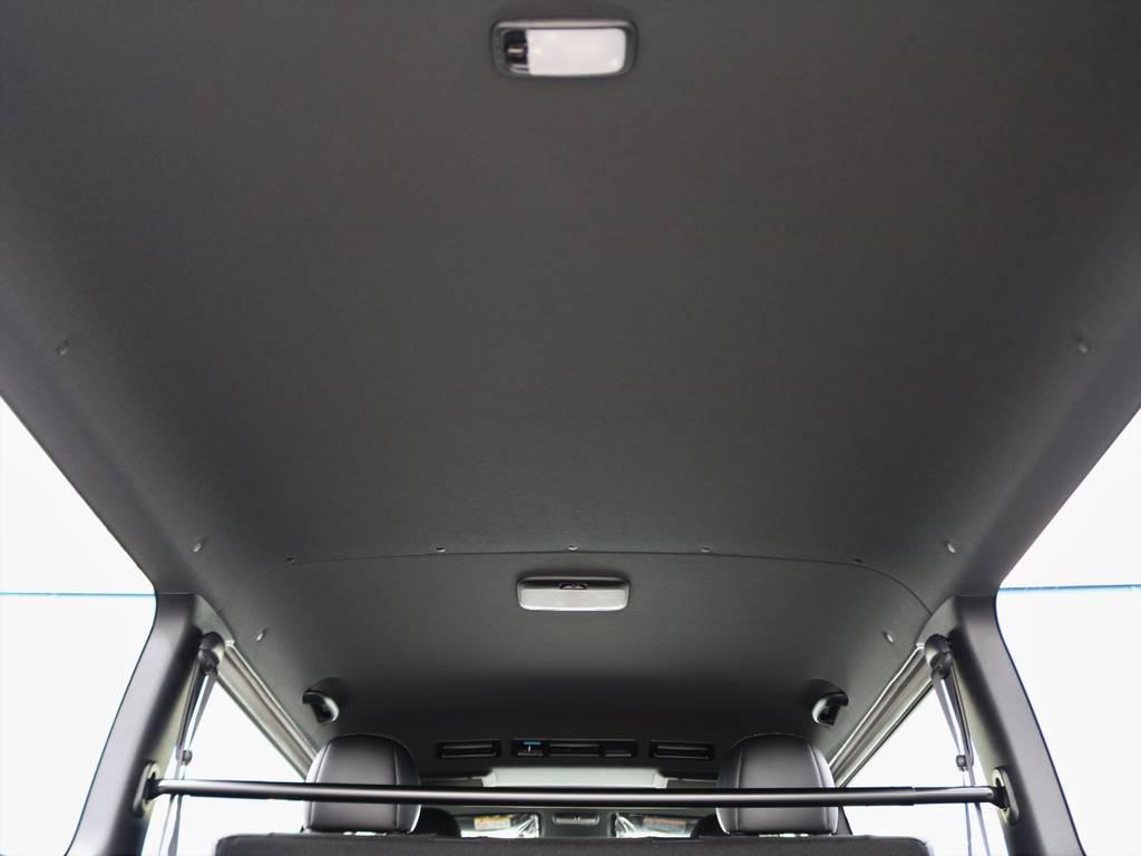 ダークプライムⅡ内装!ルーフ&ピラー&セパレーターバーが黒色に!より質感が向上! | トヨタ ハイエースバン 2.8 スーパーGL ダークプライムⅡ ロングボディ ディーゼルターボ 4WD 床張りライトカスタムパッケージ