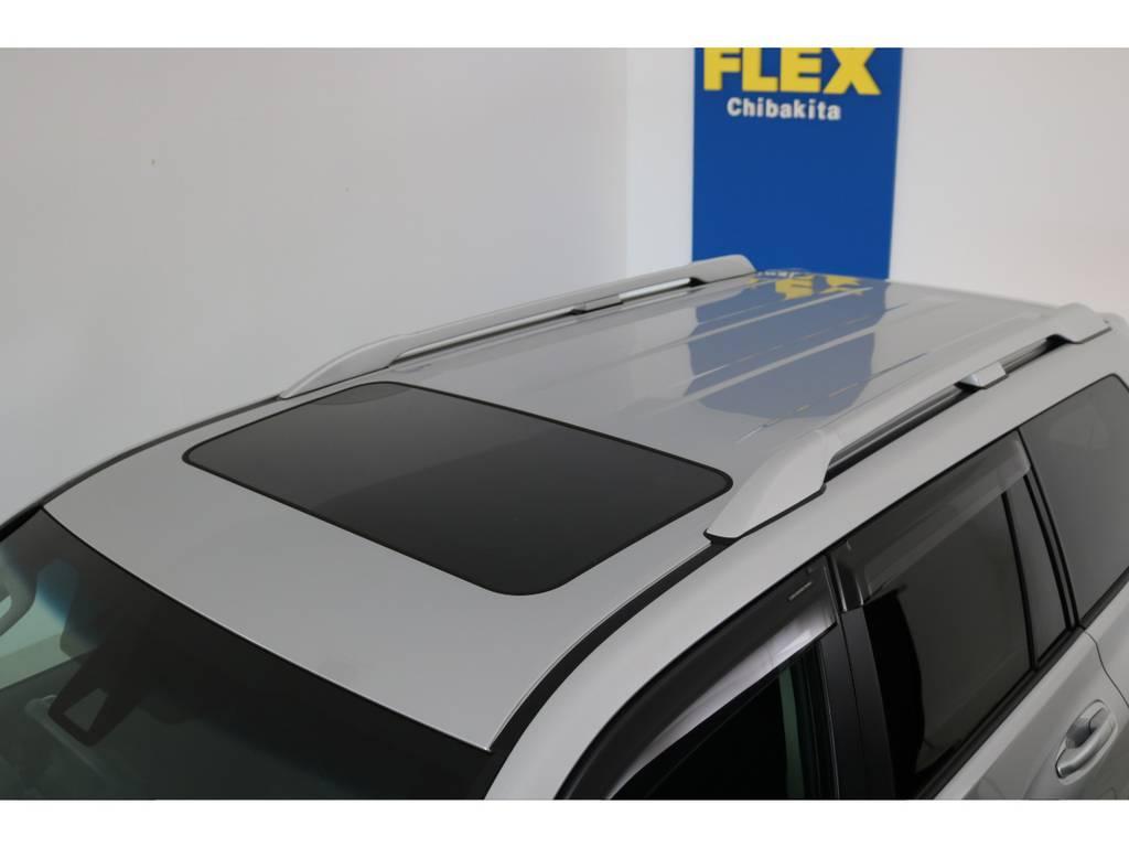 屋根も新車ですので凹みなども無くGOODコンディションです!