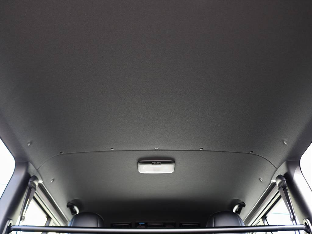 ダークプライムⅡ内装!ルーフ&ピラー&セパレーターバーが黒色に!より質感が向上!   トヨタ ハイエースバン 2.0 スーパーGL ダークプライムⅡ ロングボディ FLEXカスタム ナビパッケージ