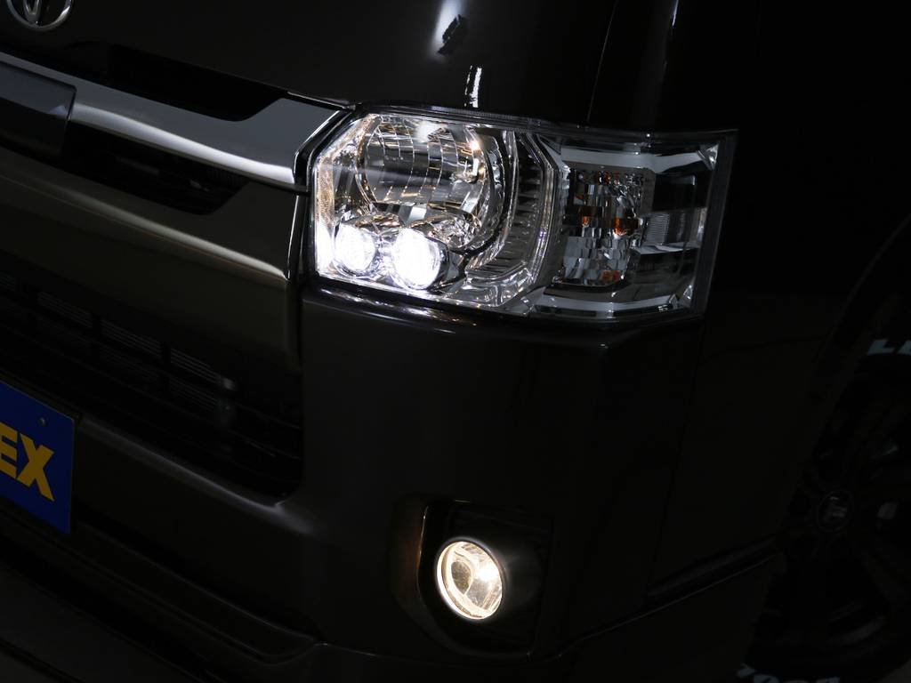 LEDヘッドライト標準装備! | トヨタ ハイエースバン 2.0 スーパーGL 50TH アニバーサリー リミテッド ロングボディ 床張りライトカスタムPKG