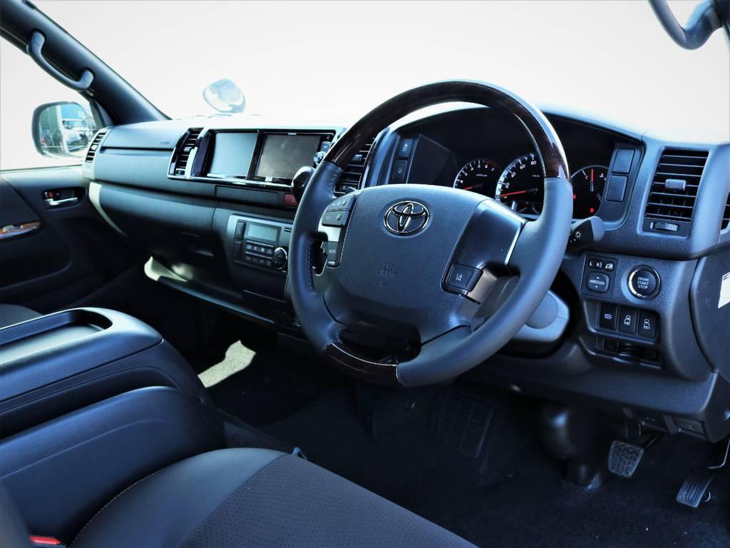 ステアリング周り! | トヨタ ハイエースバン 2.7 スーパーGL 50THアニバーサリー リミテッド ワイド ミドルルーフ ロングボディ4WD 内装VER4