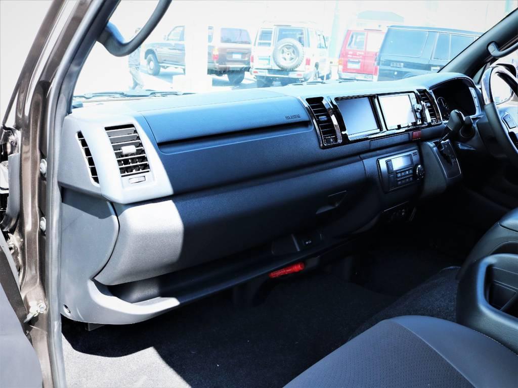 エアバック、AC100V電源! | トヨタ ハイエースバン 2.7 スーパーGL 50THアニバーサリー リミテッド ワイド ミドルルーフ ロングボディ4WD 内装VER4