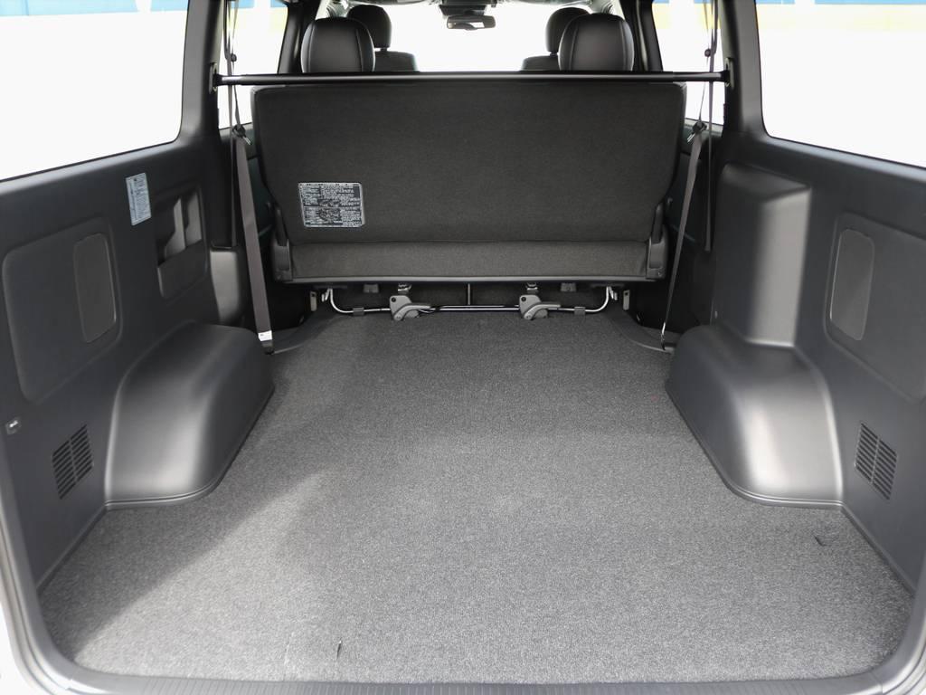 幅広い荷物スペース!ベットキットや床張りフローリングフロアなど追加のカスタムも承ります。お気軽にご相談下さい。 | トヨタ ハイエースバン 2.8 スーパーGL ダークプライムⅡ ロングボディ ディーゼルターボ BAD FACEカスタム