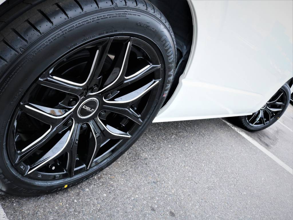 足元バッチリ決まっております! | トヨタ ハイエース 2.7 GL ロング ミドルルーフ 4WD アレンジR1