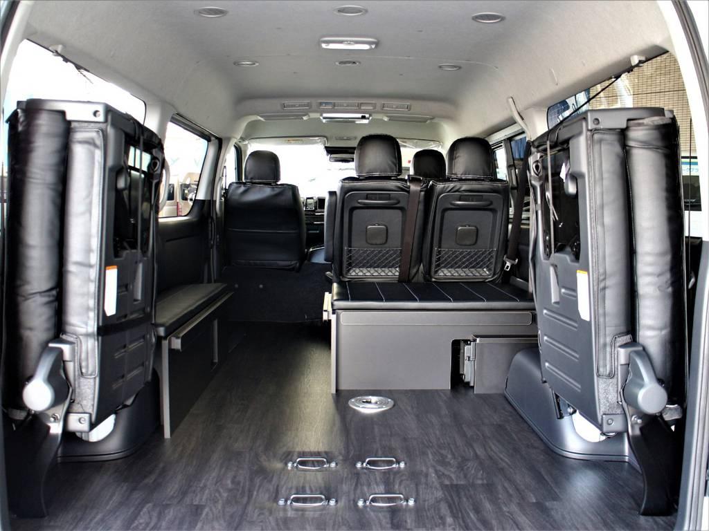 後席跳ね上げ可能です! | トヨタ ハイエース 2.7 GL ロング ミドルルーフ 4WD アレンジR1内装架装車両