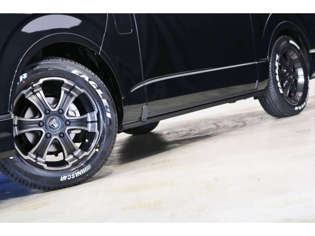 FLEX専用カラーのバルベロ17インチアルミホイール(ワイルドディープス)&グッドイヤー ナスカータイヤ!ESSEXリーガルフェンダーも装着!