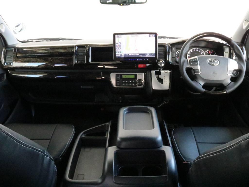 見晴らし良く運転しやすいですよ!! | トヨタ ハイエース 2.7 GL ロング ミドルルーフ 4WD TSS付 ARRANGE R1