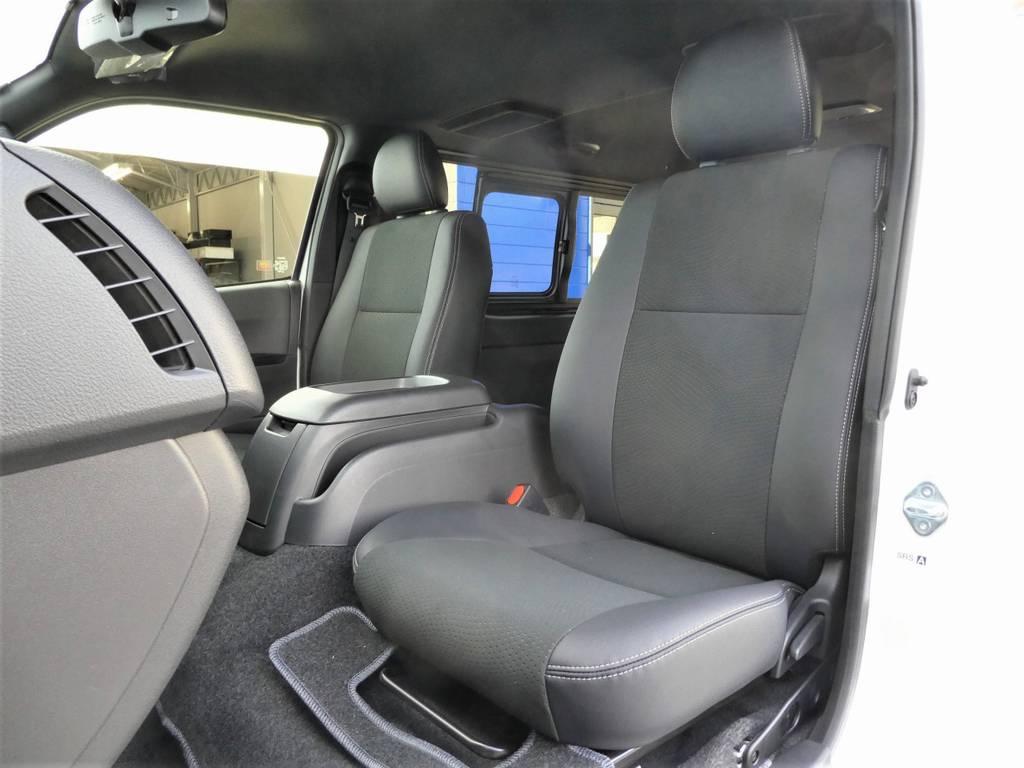 助手席も当然!ハーフレザーシートを配備!! | トヨタ ハイエースバン 2.8 スーパーGL ダークプライムⅡ ロングボディ ディーゼルターボ Ultimate Line