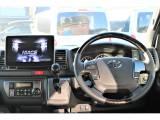 運転席はダークプライムならではの高級感!!
