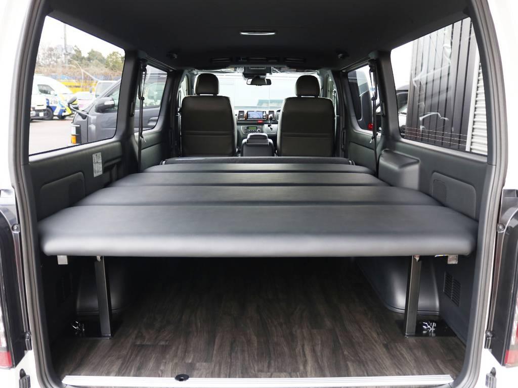 FLEXオリジナル ベッドキット付き! | トヨタ ハイエースバン 2.8 スーパーGL 50TH アニバーサリー リミテッド ロングボディ ディーゼルターボ 床貼り ライトカスタムPKG