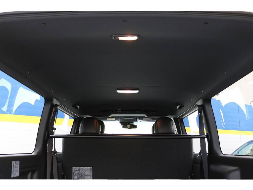 ルーフ&ピラーはブラックに変更   トヨタ ハイエースバン 2.8 スーパーGL ダークプライムⅡ ロングボディ ディーゼルターボ 4WD PS無オフロードスタイル