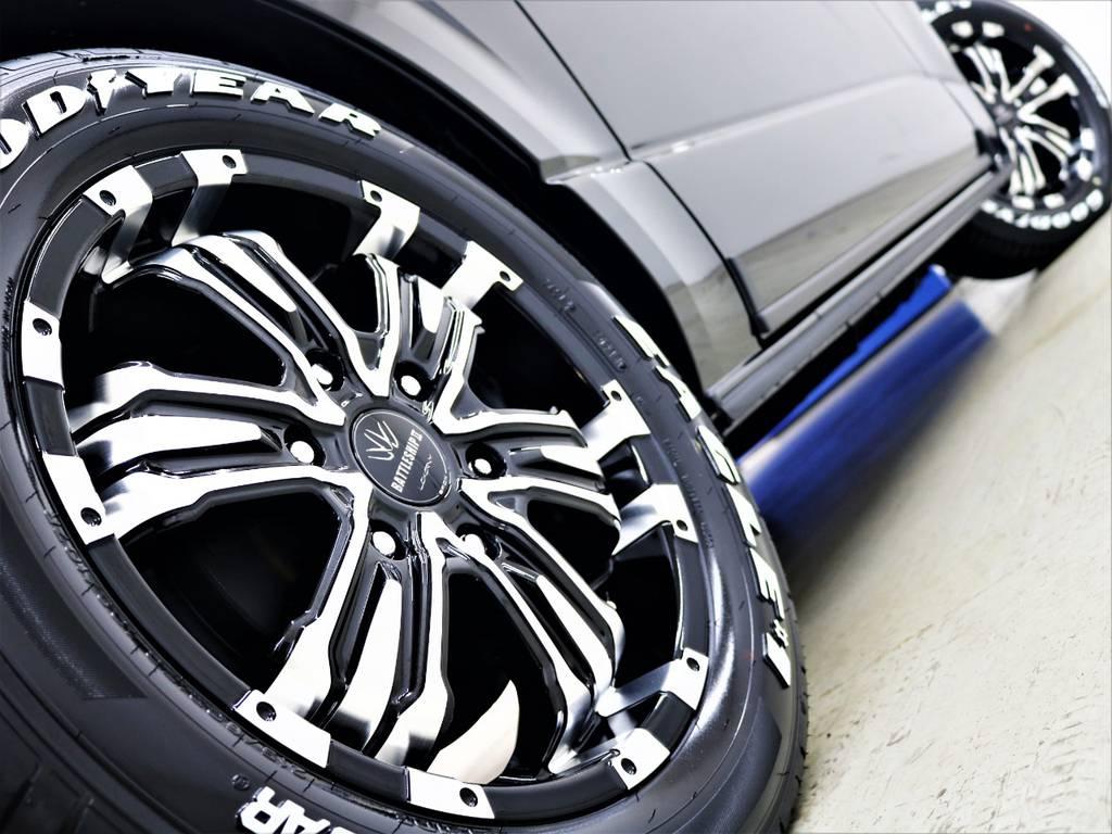 ワイルドなシルエットがかっこいいですね! | トヨタ ハイエースバン 2.8 スーパーGL ダークプライムⅡ ロングボディ ディーゼルターボ 4WD FLEX Ver4 バトルシップⅡ