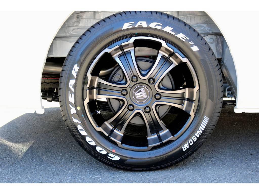 グッドイヤーナスカータイヤ!(バン用タイヤの為、2tを超える車重にも適応!) | トヨタ ハイエース 2.7 GL ロング ミドルルーフ 4WD 4WDシートアレンジR1