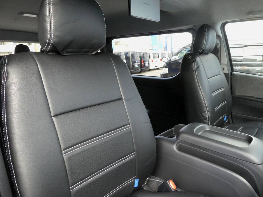 立体裁断の専用シートカバーは耐久性が違いますよ!! | トヨタ ハイエース 2.7 GL ロング ミドルルーフ TSS付 ツインナビカスタム