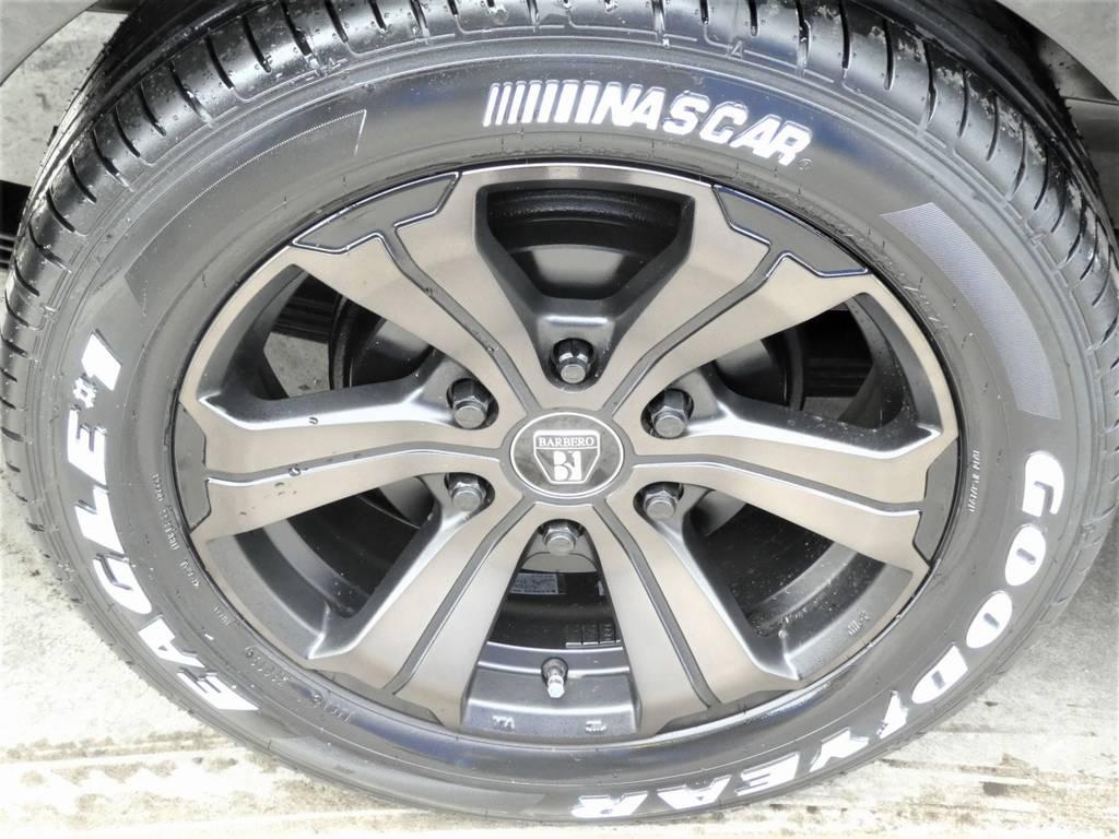 FLEXオリジナルカラー アーバングランデ17インチアルミ グッドイヤー ナスカータイヤをチョイス!! | トヨタ ハイエース 2.7 GL ロング ミドルルーフ TSS付 ツインナビカスタム