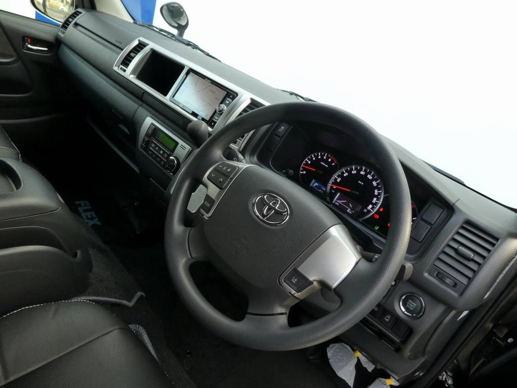 インテリアのカスタムもお任せ下さい!! | トヨタ ハイエース 2.7 GL ロング ミドルルーフ TSS付 ツインナビカスタム