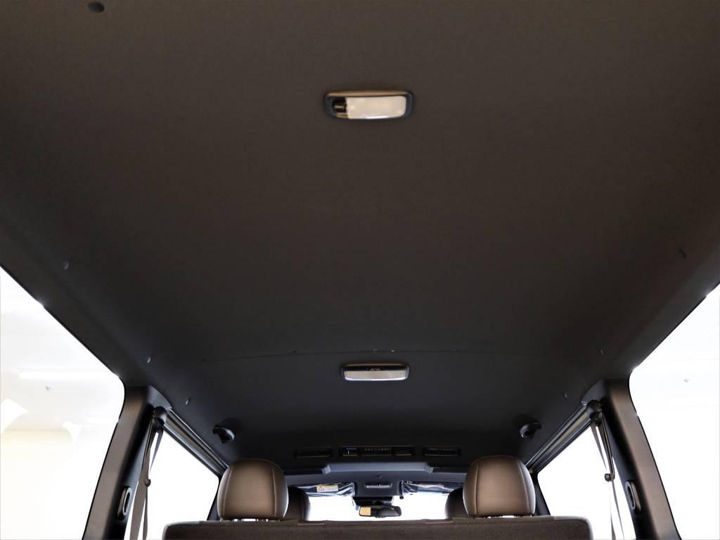 点張りはブラックに統一されております! | トヨタ ハイエースバン 2.8 スーパーGL 50TH アニバーサリー リミテッド ロングボディ ディーゼルターボ 4WD FLEXベッドキット