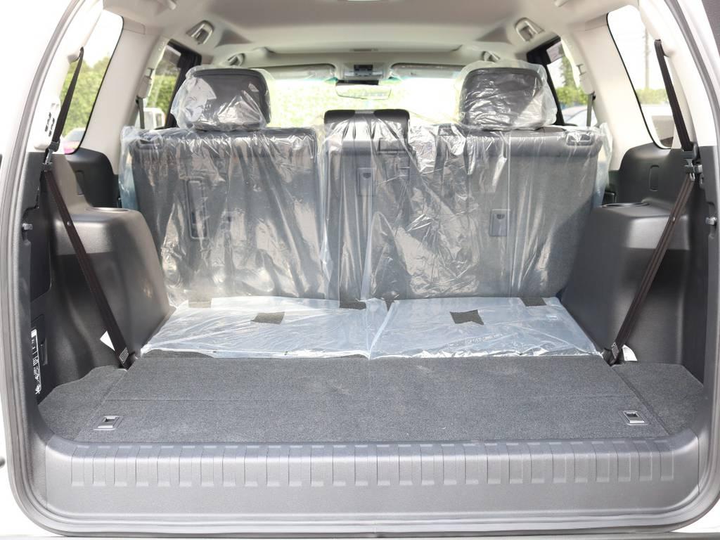 広々したラゲッジルーム!大容量でキャンプ用品なども沢山収容できます!   トヨタ ランドクルーザープラド 2.7 TX Lパッケージ 4WD 7人 新車未登録車 9インチナビ