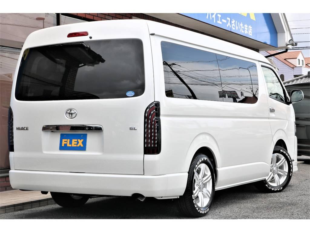 FLEXオリジナル煌テールランプをインストール!! | トヨタ ハイエース 2.7 GL ロング ミドルルーフ 4WD TSS付フレックスVer2内装架装