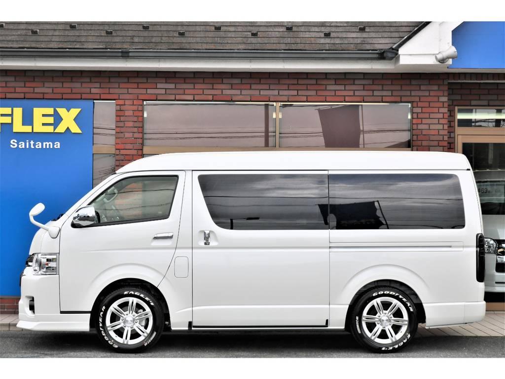 お子様も無理なくご乗車可能にしてあります! | トヨタ ハイエース 2.7 GL ロング ミドルルーフ 4WD TSS付フレックスVer2内装架装