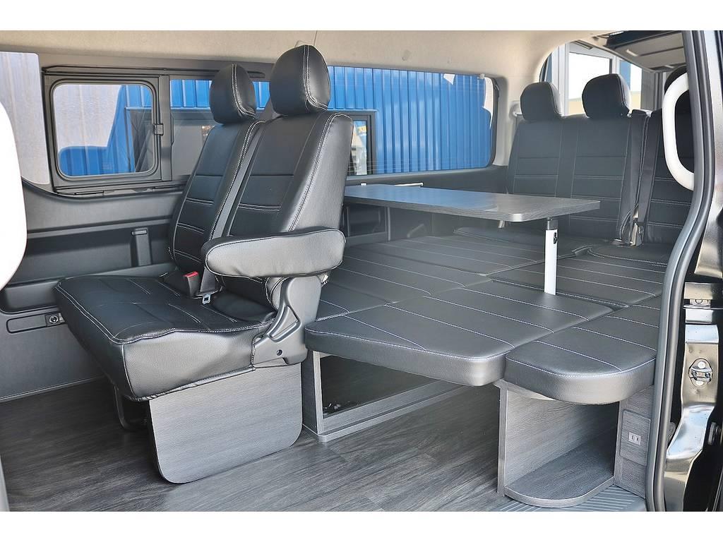 オリジナルベッドキット・重歩行用床張り施工でファミリーカー・車中泊・トランポなど様々な用途にお使い頂けます!