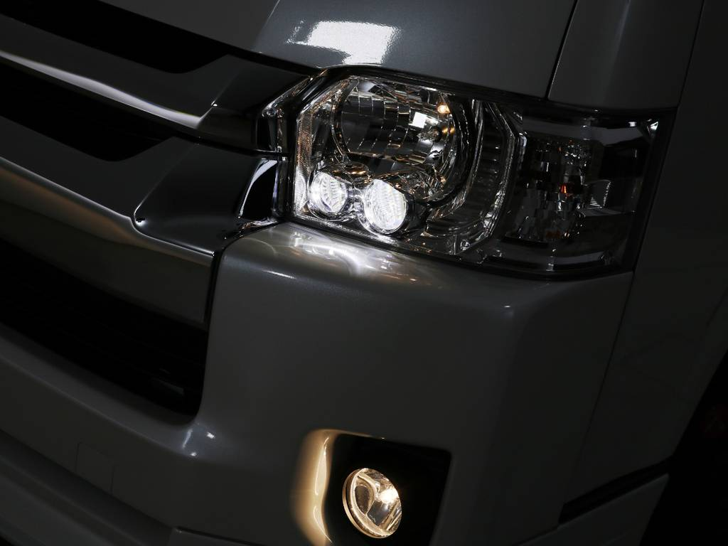 メーカーオプション LEDヘッドランプ! | トヨタ ハイエース 2.7 GL ロング ミドルルーフ TSS付 内装アレンジR1