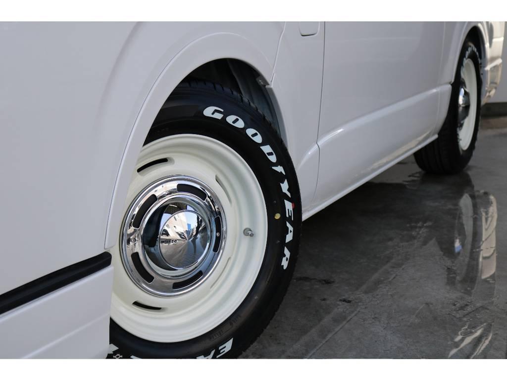 オーバーフェンダー装着済です。タイヤはお好みのものに履き替えも可能です。