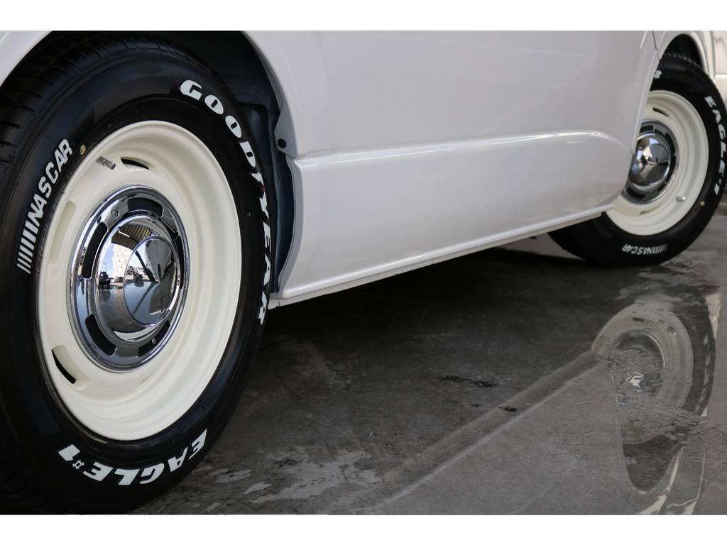 ディーン16インチアルミとグッドイヤーナスカー16インチタイヤ装着済です。