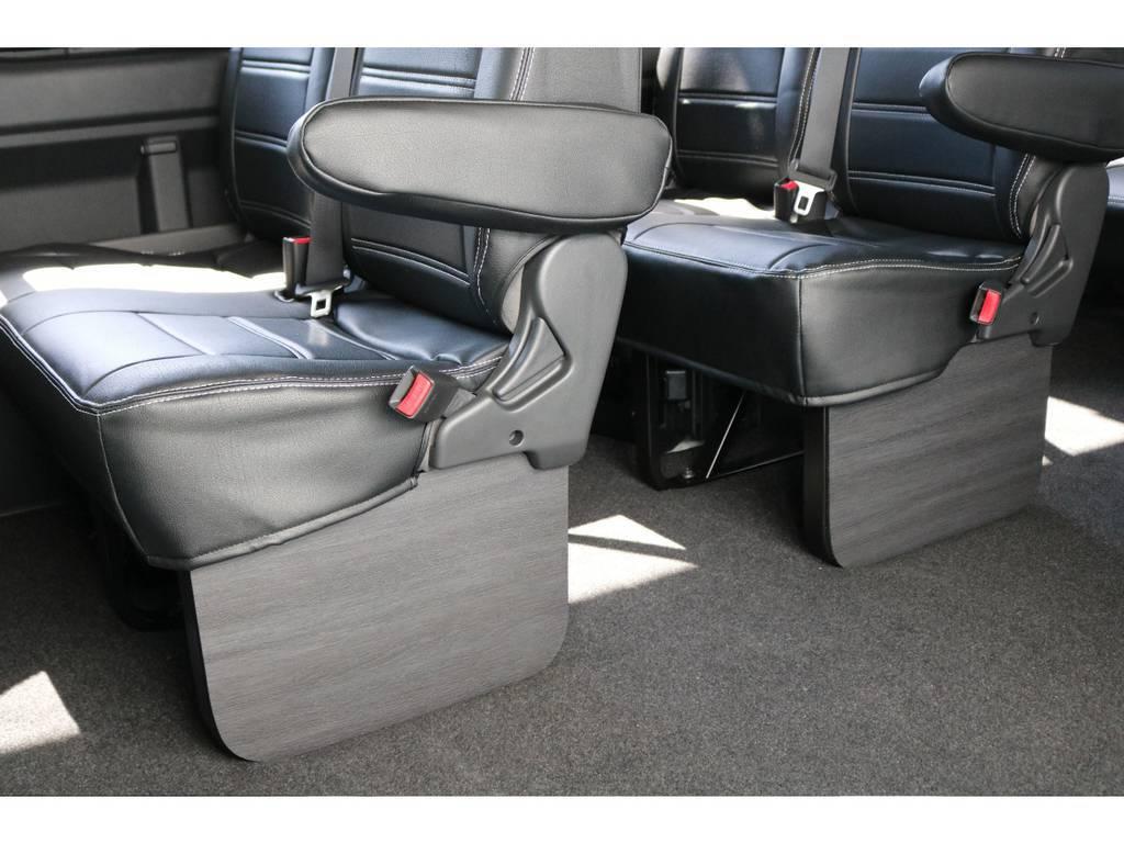 全席FLEXオリジナル黒革調シートカバー装着済です!座り心地もいいですよ♪