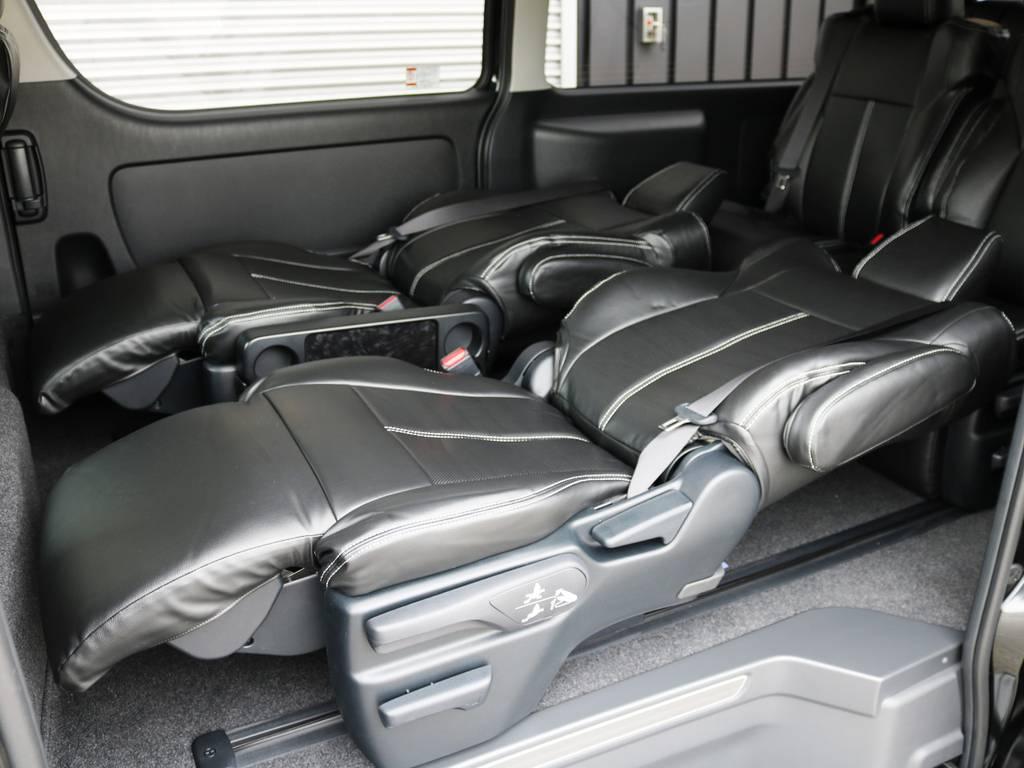 シートはフルリクライニングが可能です! | トヨタ ハイエース 2.7 GL ロング ファインテックツアラー