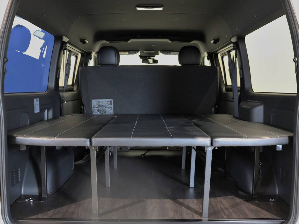 ハイエースの室内空間を存分に活かした車中泊仕様ワイドバン! | トヨタ ハイエースバン 2.7 スーパーGL ダークプライムⅡ ワイド ミドルルーフ ロングボディ 4WD 内装架装アレンジFU-Wスライド