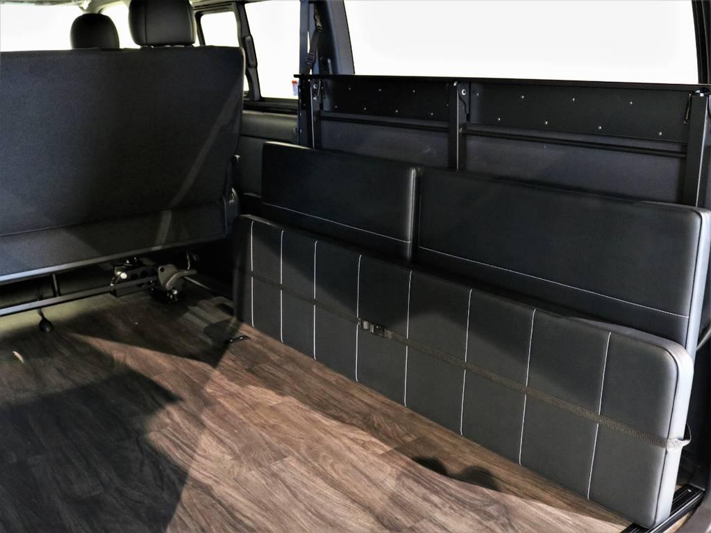 ベットパネルは収納可能! | トヨタ ハイエースバン 2.7 スーパーGL ダークプライムⅡ ワイド ミドルルーフ ロングボディ 4WD 内装架装アレンジFU-Wスライド