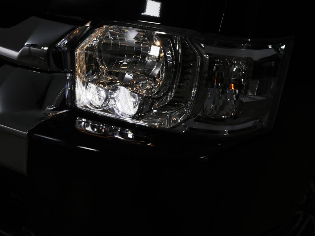 メーカーオプション LEDヘッドライト! | トヨタ ハイエースバン 2.8 DX ワイド スーパーロング ハイルーフ GLパッケージ ディーゼルターボ 4WD 床張りライトカスタム