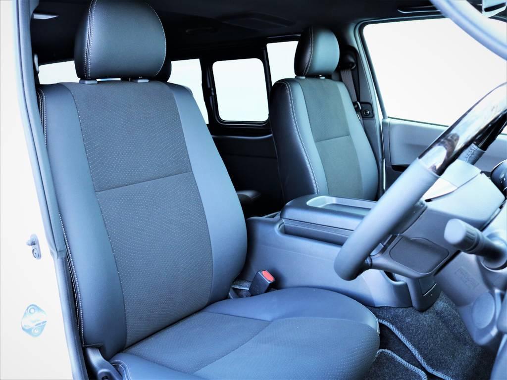 運転席シート、ハーフレザーシート! | トヨタ ハイエースバン 2.8 スーパーGL ダークプライムⅡ ロングボディ ディーゼルターボ アレンジFU