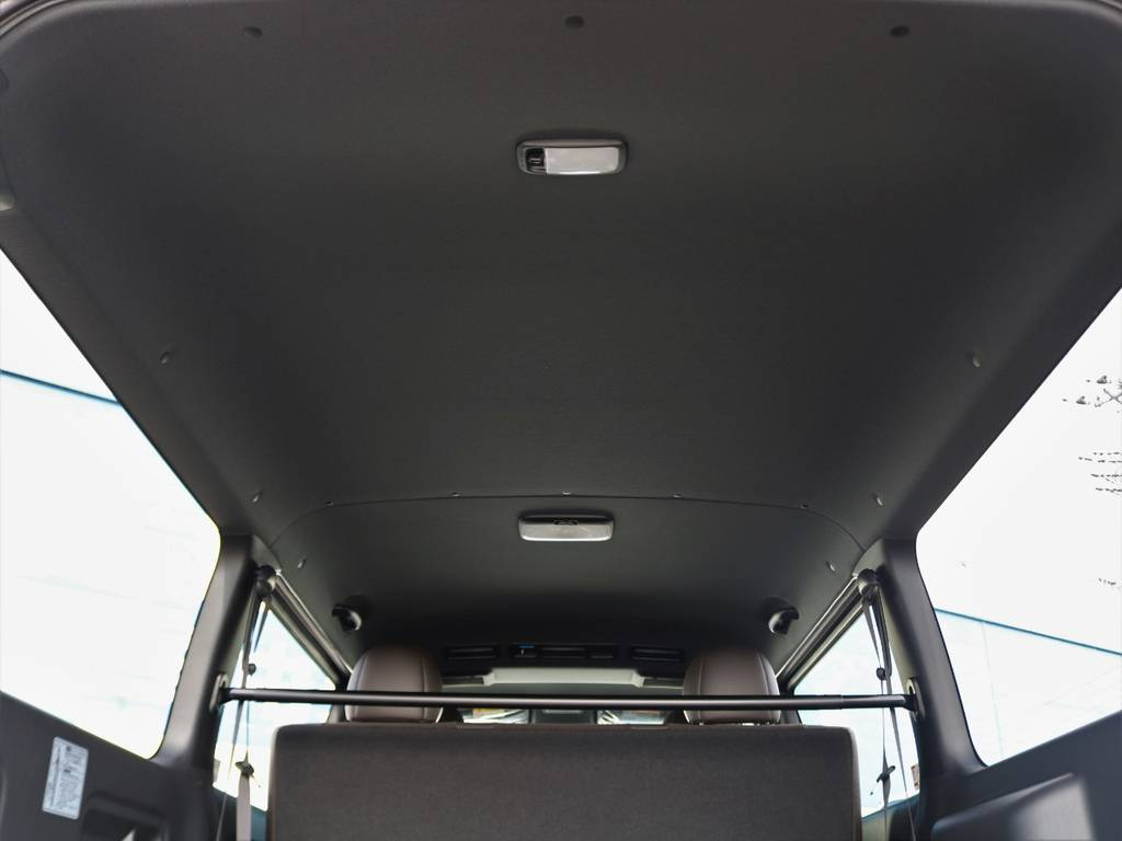 天井も暗めになりました! | トヨタ ハイエースバン 2.8 スーパーGL 50TH アニバーサリー リミテッド ロングボディ ディーゼルターボ FLEXカスタム フルセグナビPKG