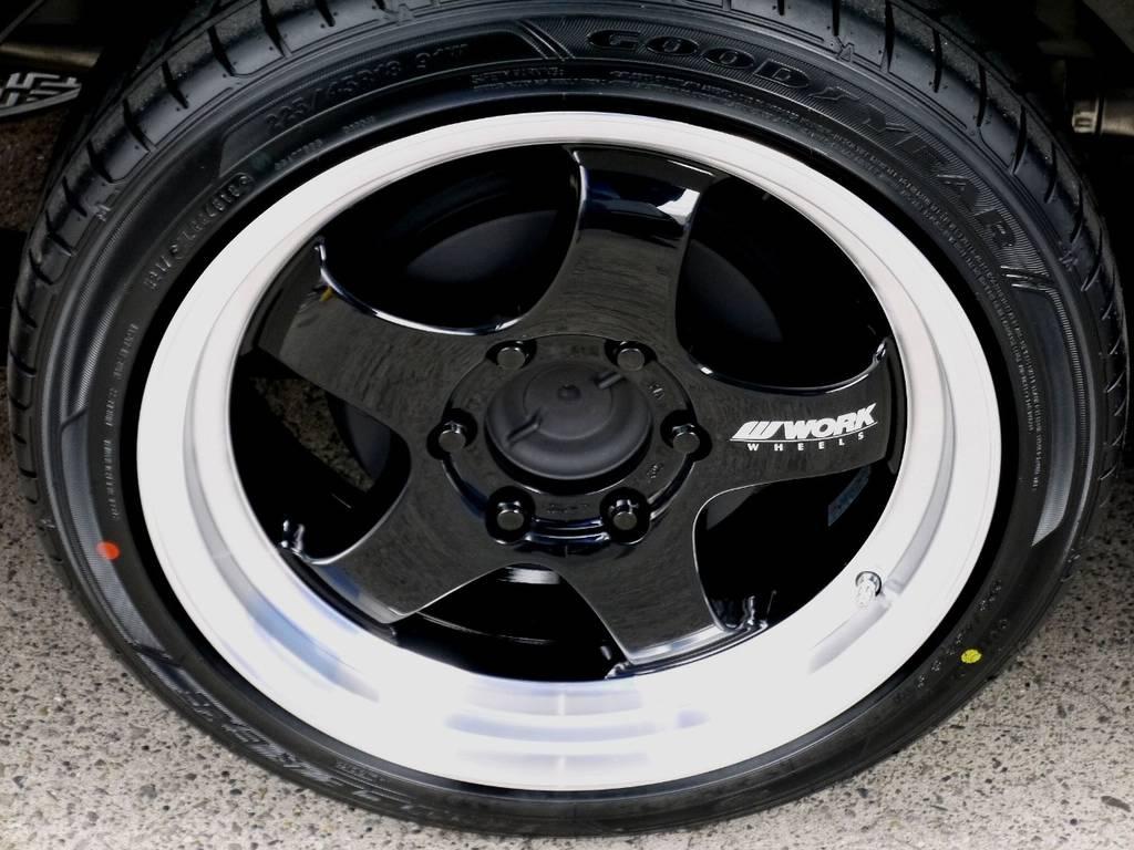 足元にはWORK S1HC18インチアルミをインストール!! | トヨタ ハイエースバン 2.0 スーパーGL 50TH アニバーサリー リミテッド ロングボディ スポーツカスタム