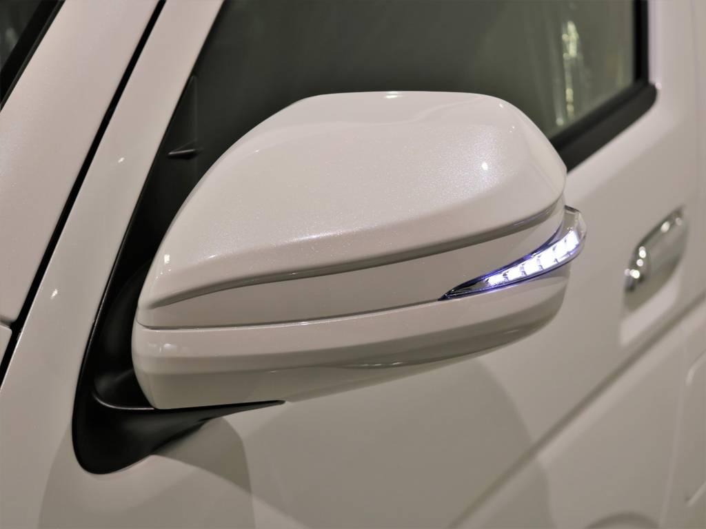 AVESTウィンカーミラー装着!ガラッとハイエースの印象を変えてくれます! | トヨタ ハイエース 2.7 GL ロング ファインテックツアラー 4WD 特別架装車ファインテックツアラー