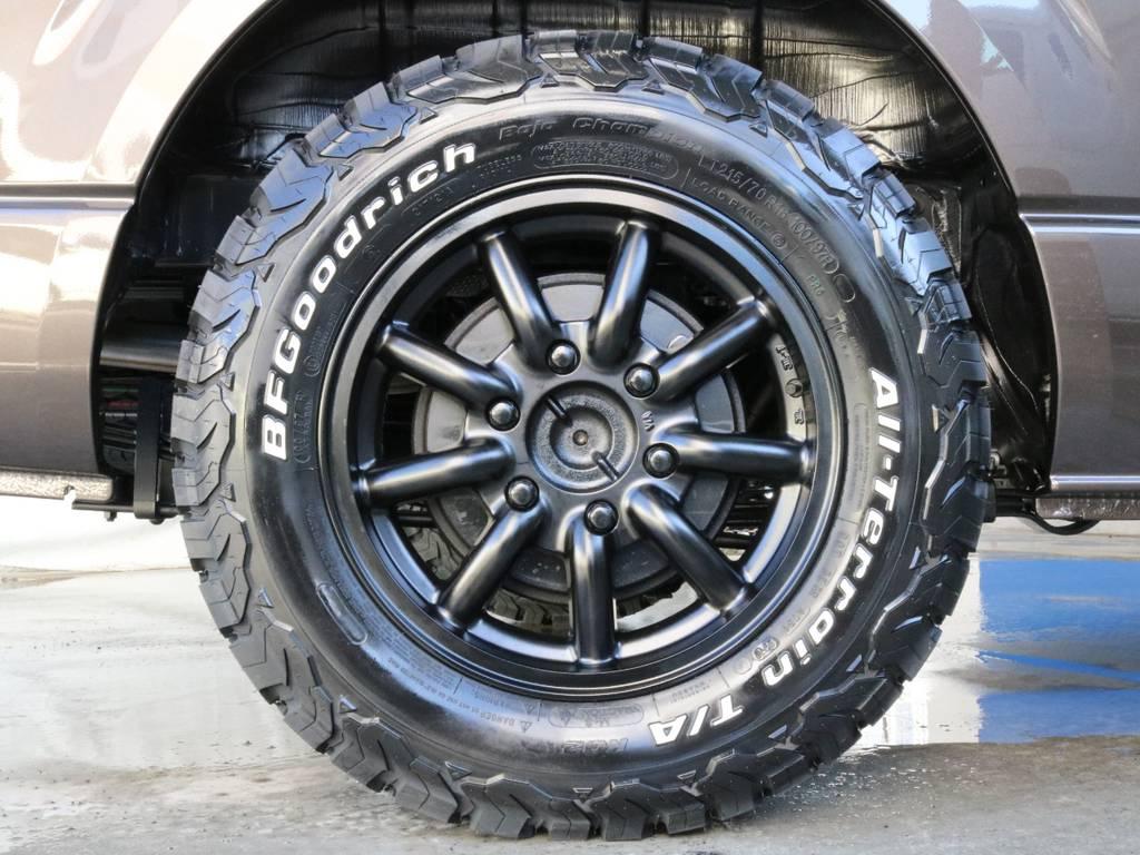アウトドアなタイヤです!! | トヨタ ハイエースバン 2.0 スーパーGL 50TH アニバーサリー リミテッド ロングボディ TRDバンパー・オフロード仕様