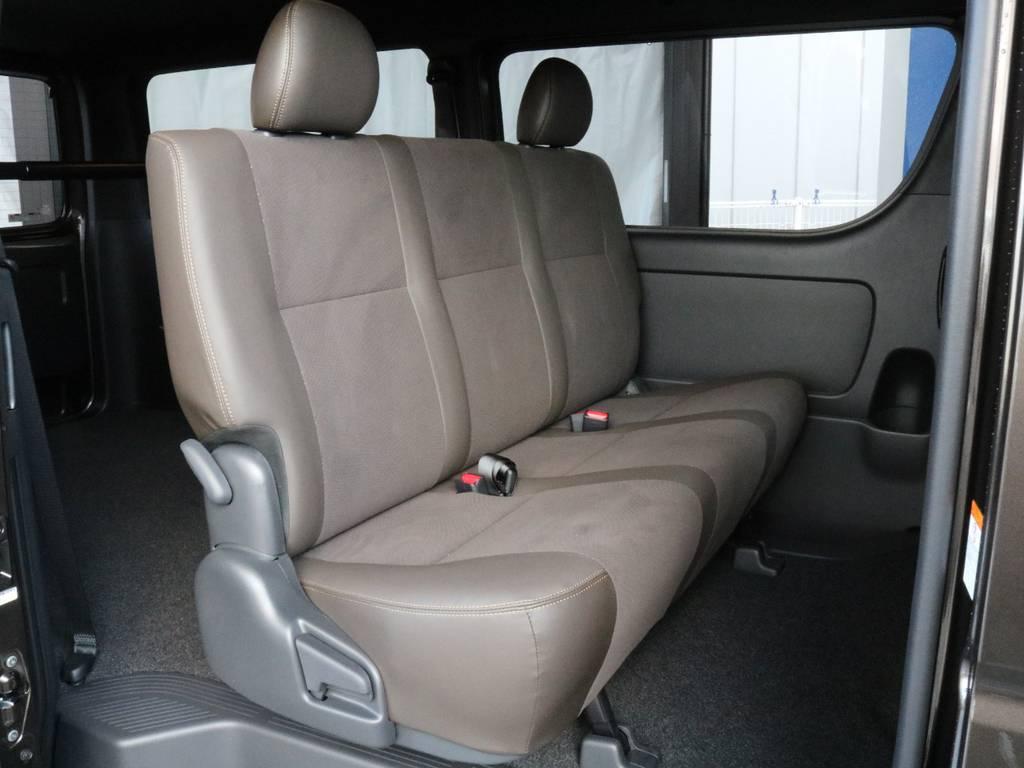 二列目もゆとりがあります!! | トヨタ ハイエースバン 2.0 スーパーGL 50TH アニバーサリー リミテッド ロングボディ TRDバンパー・オフロード仕様