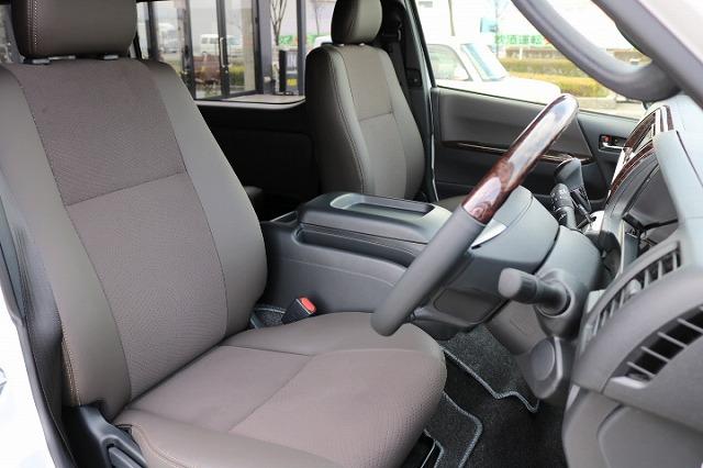 | トヨタ ハイエースバン 2.7 スーパーGL 50THアニバーサリー リミテッド ワイド ミドルルーフ ロングボディ4WD 50TH