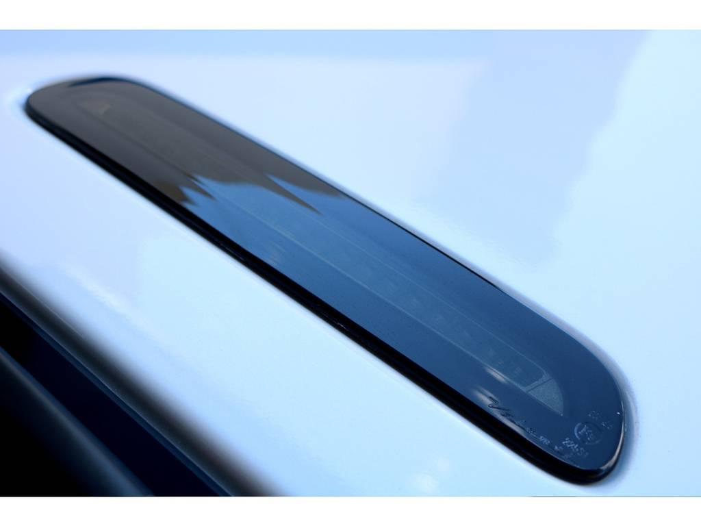 ハイマウントもブラックで統一!!   トヨタ ハイエースバン 2.8 DX ワイド スーパーロング ハイルーフ GLパッケージ ディーゼルターボ 4WD トランポPKG