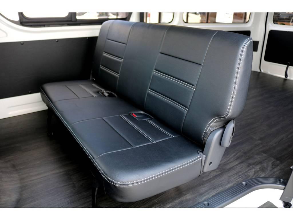 後席ももちろんシートカバー完備!!   トヨタ ハイエースバン 2.8 DX ワイド スーパーロング ハイルーフ GLパッケージ ディーゼルターボ 4WD トランポPKG