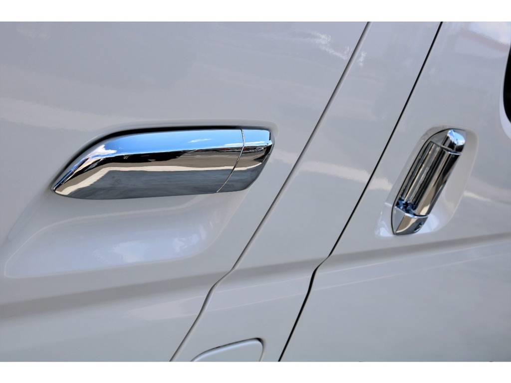 各部を純正メッキパーツに変更!!   トヨタ ハイエースバン 2.8 DX ワイド スーパーロング ハイルーフ GLパッケージ ディーゼルターボ 4WD トランポPKG