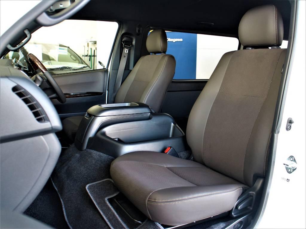 特別仕様車専用シートです! | トヨタ ハイエースバン 2.7 スーパーGL 50THアニバーサリー リミテッド ワイド ミドルルーフ ロングボディ4WD