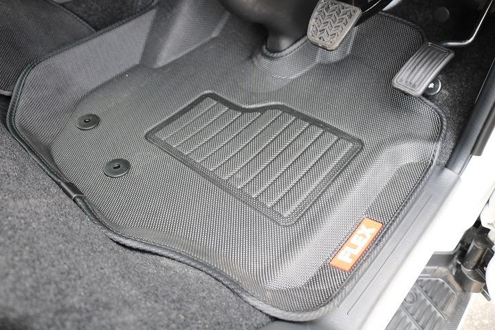 FLEXオリジナル3Dマット! | トヨタ ハイエースバン 2.7 スーパーGL 50THアニバーサリー リミテッド ワイド ミドルルーフ ロングボディ4WD 50TH