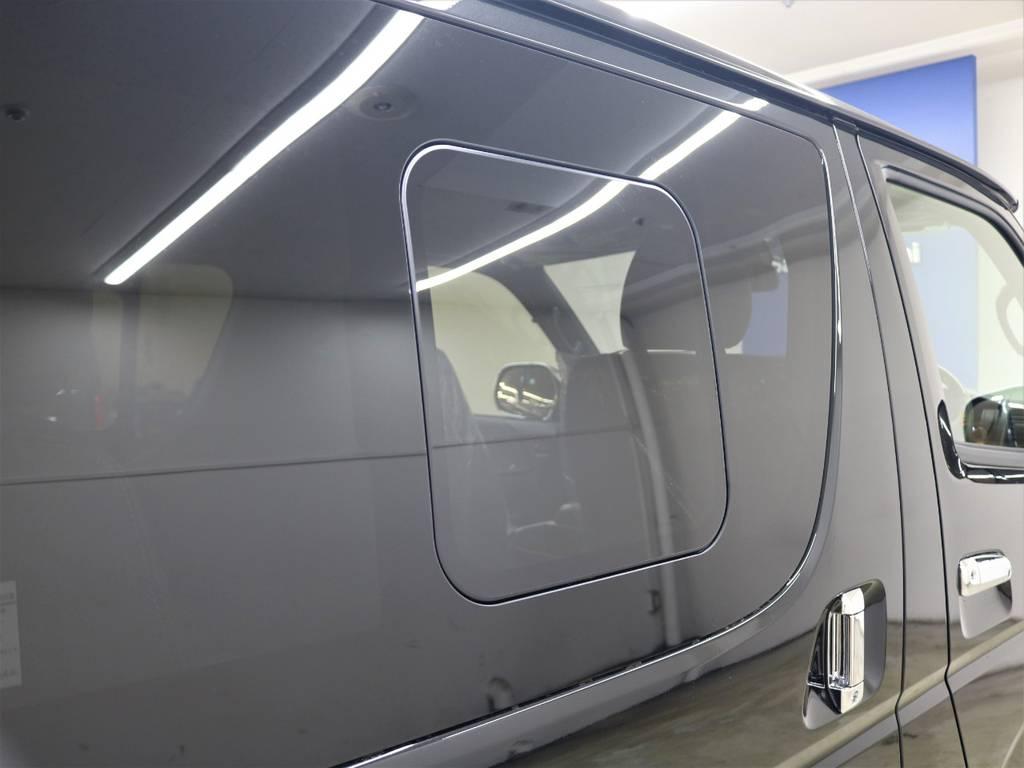 両側スライドガラス付! | トヨタ ハイエースバン 2.8 スーパーGL ダークプライムⅡ ロングボディ ディーゼルターボ 4WD ライトカスタム  ナビ・ETC付