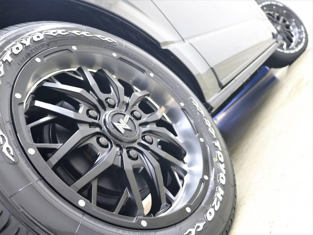 ファイヤーパターンのホワイトレターが映えますね! | トヨタ ハイエースバン 2.8 スーパーGL ダークプライムⅡ ロングボディ ディーゼルターボ 4WD ライトカスタム  ナビ・ETC付