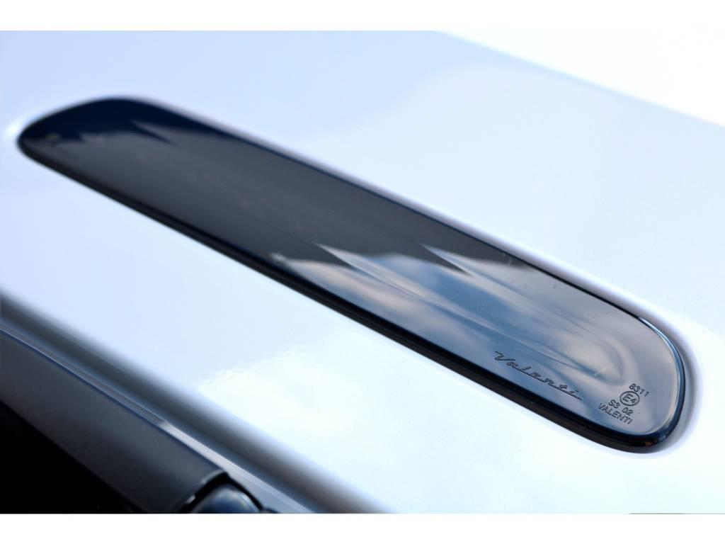 ハイマウントもテールランプと雰囲気を合わせて交換!もちろん車検対応品です♪
