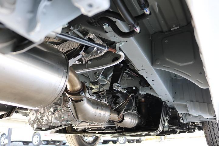 追加にて足回りカスタム承ます。お気軽にお声掛けください。   トヨタ ハイエース 2.7 GL ロング ミドルルーフ 4WD TSS付