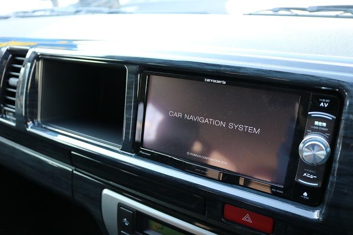 好評のサブモニター装着可能です。詳しくは当スタッフまでお問い合わせをお願いいたします。   トヨタ ハイエース 2.7 GL ロング ミドルルーフ 4WD TSS付